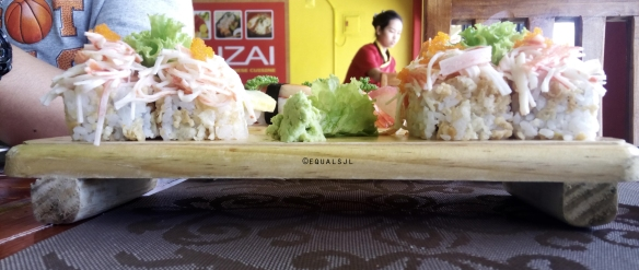 Side view of Chikuzai Roll